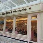 BONBONS Hello Kitty Cafe(海岸城店)照片