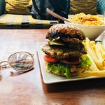 Photo de Johnson Bar and Restaurant