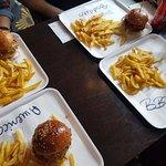 صورة فوتوغرافية لـ Buddies Burger Somogyi Béla utca 8.
