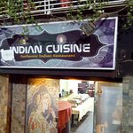 Foto de Nawab Indian Restaurant