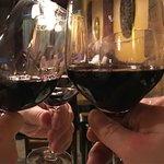 Foto de Nirvana Wine & Grillerie