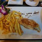 Diver's Inn Steakhouse and International Cuisine의 사진