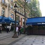 صورة فوتوغرافية لـ Restaurant Leon De Bruxelles Champs-Elysees
