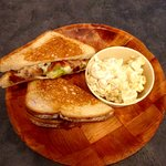 The Jammin' with Baked Gouda Mac & Cheese