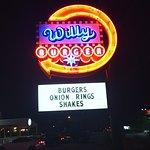 Willy Burger resmi
