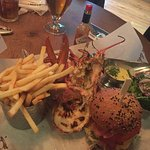 Foto de Burger and Lobster