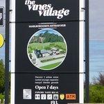 Foto de The Vines Village