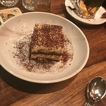 And for dessert, traditional tiramisu!