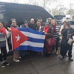 el grupo de cubanos que viven en miami con su guia de tres dias Francisco gracias saludos Ileana