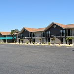 Howard Johnson by Wyndham Beaufort/Parris Island Photo