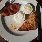 Petite breakfast