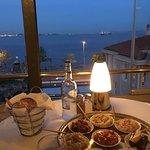 Armada Terrace Restaurant resmi