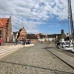 صورة فوتوغرافية لـ Old Hansa Harbor