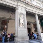 صورة فوتوغرافية لـ Piazzale degli Uffizi
