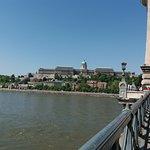 Il ponte delle catene e vista di Buda