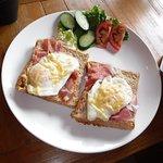 Foto van Somewhere Else Cafe