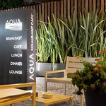 Aqua Restaurant & Lounge Cafe Foto