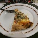 Pizza de cogumelos.