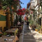 Φωτογραφία: Taverna to Paleo Archontiko - Old Maison