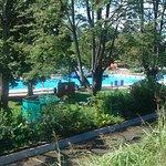 Una delle piscine fotografate dall'argine esterno.