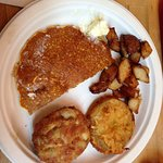Johnny cake, fried green tomato, crab cake & home style potatoes