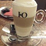 Фотография Amadeo - Cafe Bar Bistro
