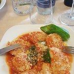 Une très bonne surprise que ce très cosi petit restaurant servant des plats italiens typiques.