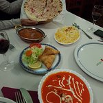 Taj Indian Restaurantの写真