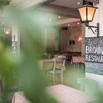 Foto van Broadway Restaurant