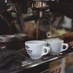 Los mejores cafes del mundo preparados con la mejor maquina de espresso: La Marzocco.