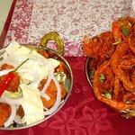Aros de cebolla y Pollo estilo indio