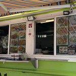Foto de Tuk-Tuk Thai Food Truck