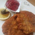 sensationell - das traditionelle Wiener Schnitzel im Sailer!