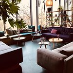 SUPER Lounge