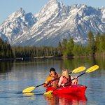 Rent canoes, kayaks, and motoboats before/after your cruise.