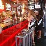 ภาพถ่ายของ Hot Shot Sports Bar