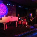 Jeff Dayton and band play.