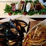 Rocket beet salad with chèvre, Salt Spring Island mussels, matchstick fries