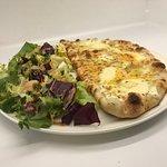 La Formule à 10€ demi-pizza salade