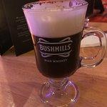 Foto van The Coachman's Bar & Restaurant
