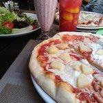 Replay Cafe & Restaurant fényképe