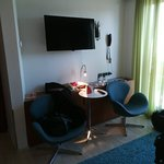 Avalon Hotel Photo