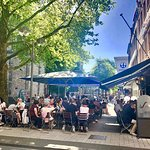 Sommer , Sonne und gutes Essen zentral gelegen in der Innenstadt von Köln