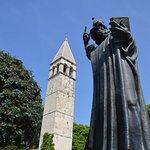 صورة فوتوغرافية لـ Grgur Ninski Statue