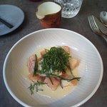 Saumon mariné mi-cuit & huitres oseille, petit pot hyper crémeux. Je dégaine à nouveau le 5 étoi