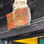 صورة فوتوغرافية لـ Pierre Lotti Cafe