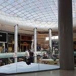 صورة فوتوغرافية لـ Yas Mall