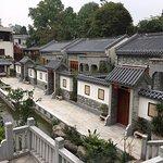 Luofushan Yizhuang Hotel