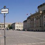 Foto van Bebelplatz