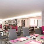 petit_dejeuner_hotel_centre_comedie